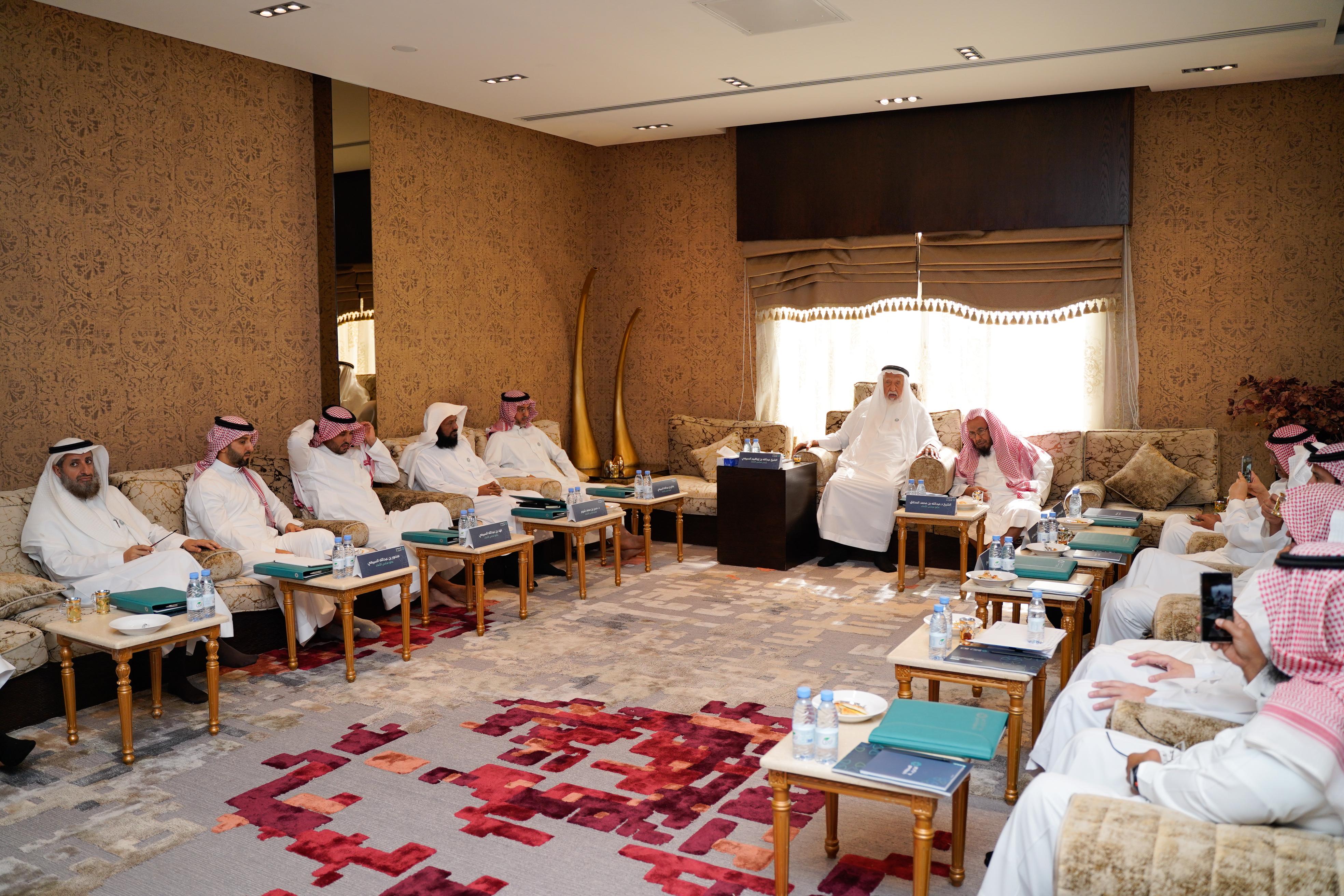اجتماع مجلس الأمناء الثاني لمؤسسة عبدالله بن إبراهيم السبيعي الخيرية